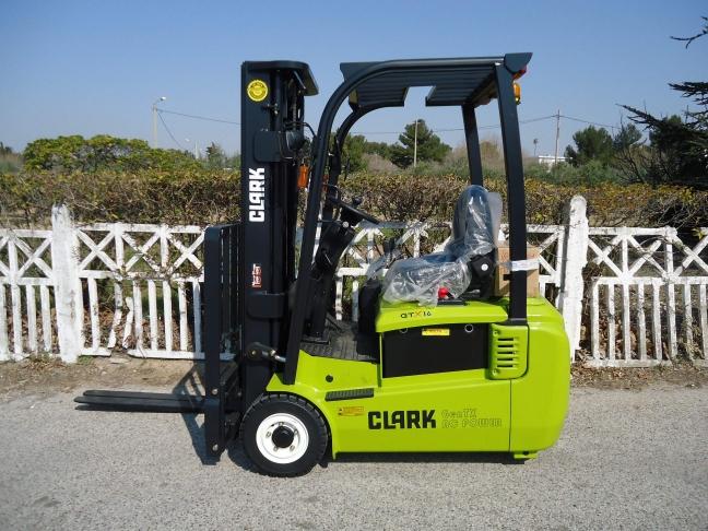 chariot l vateur neuf clark de 1 6 2 tonnes lectrique 48v manuprovence. Black Bedroom Furniture Sets. Home Design Ideas